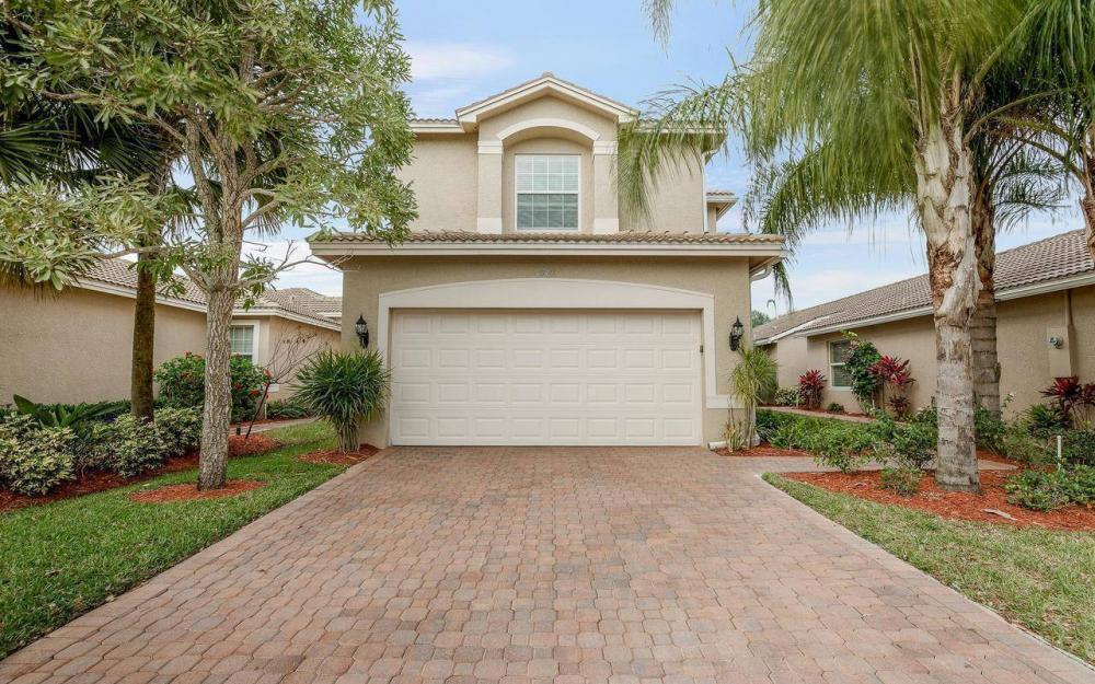 10443 Spruce Pine Ct, Fort Myers - House For Sale 582263060