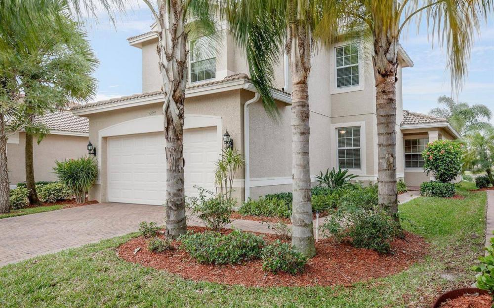 10443 Spruce Pine Ct, Fort Myers - House For Sale 499956728