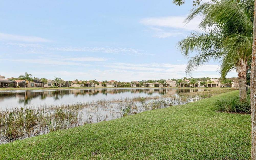10443 Spruce Pine Ct, Fort Myers - House For Sale 107059692