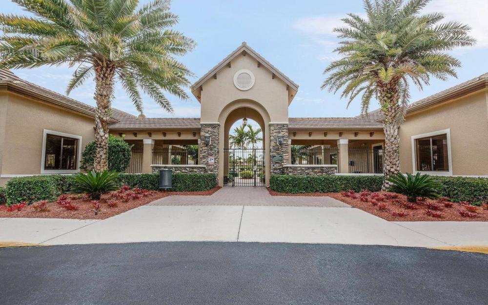 10443 Spruce Pine Ct, Fort Myers - House For Sale 1666461339