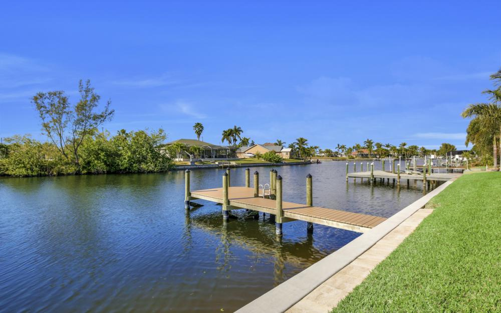 5216 SW 20th Ave, Cape Coral - House For Sale 1557301564