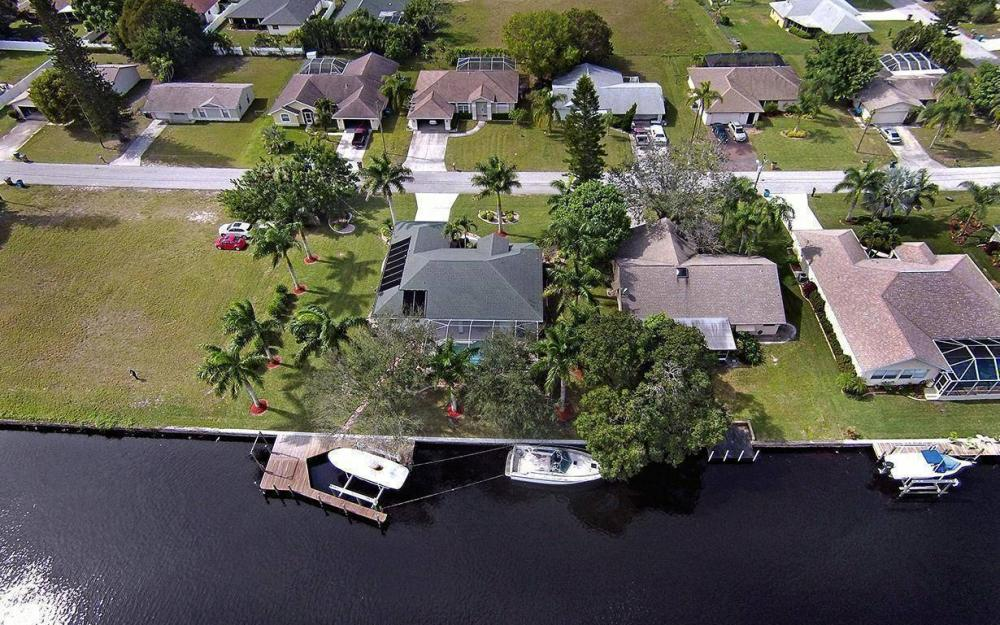 1317 SE 20th Ct, Cape Coral - House For Sale 1149695197