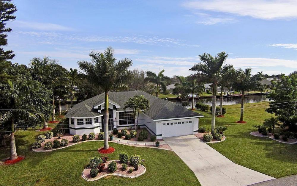 1317 SE 20th Ct, Cape Coral - House For Sale 2053916047