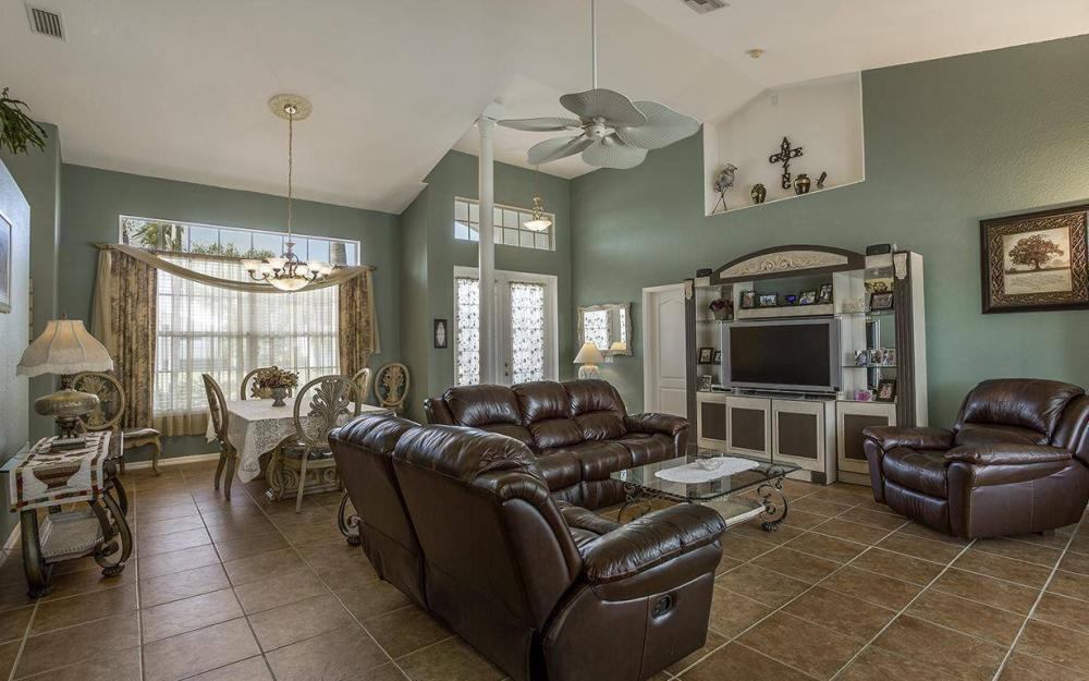 1317 SE 20th Ct, Cape Coral - House For Sale 50516607