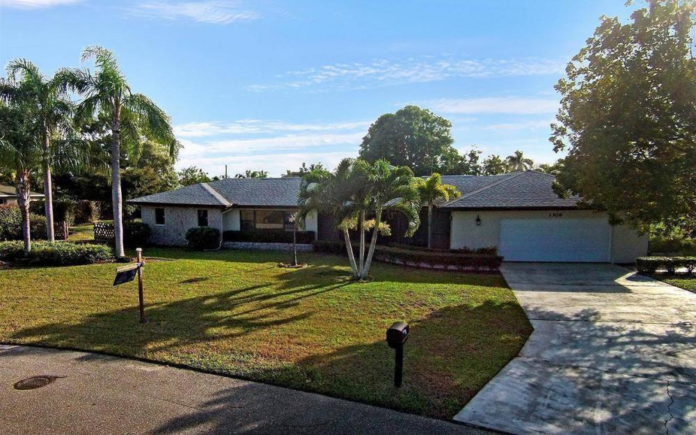 1306 SE 12th St, Cape Coral - House For Sale 1729302738