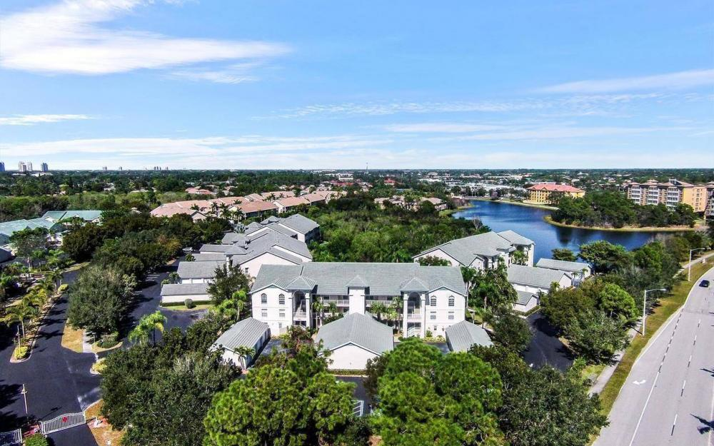 28871 Bermuda Lago Ct #205, Bonita Springs - Condo For Sale 2011408839
