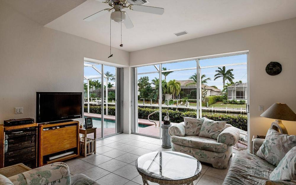 609 Crescent St, Marco Island - House For Sale 1011222356