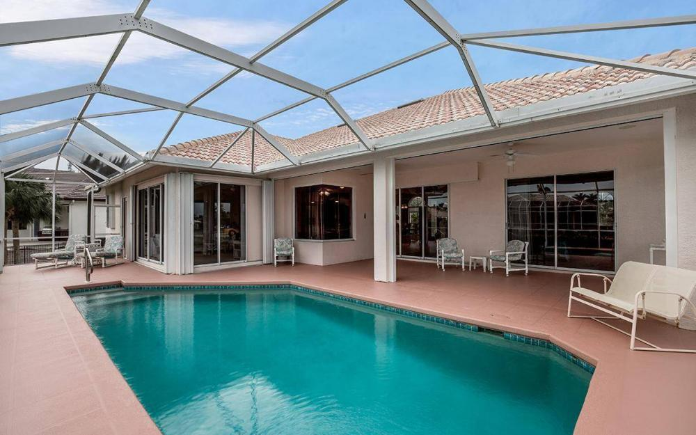 609 Crescent St, Marco Island - House For Sale 1811517259