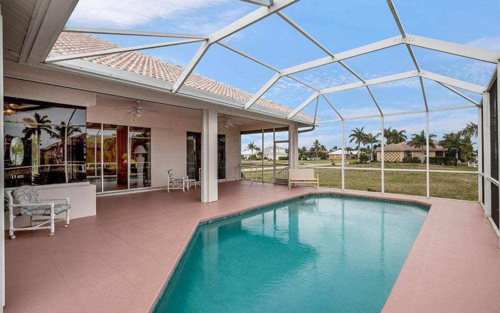 609 Crescent St, Marco Island - House For Sale 187268456
