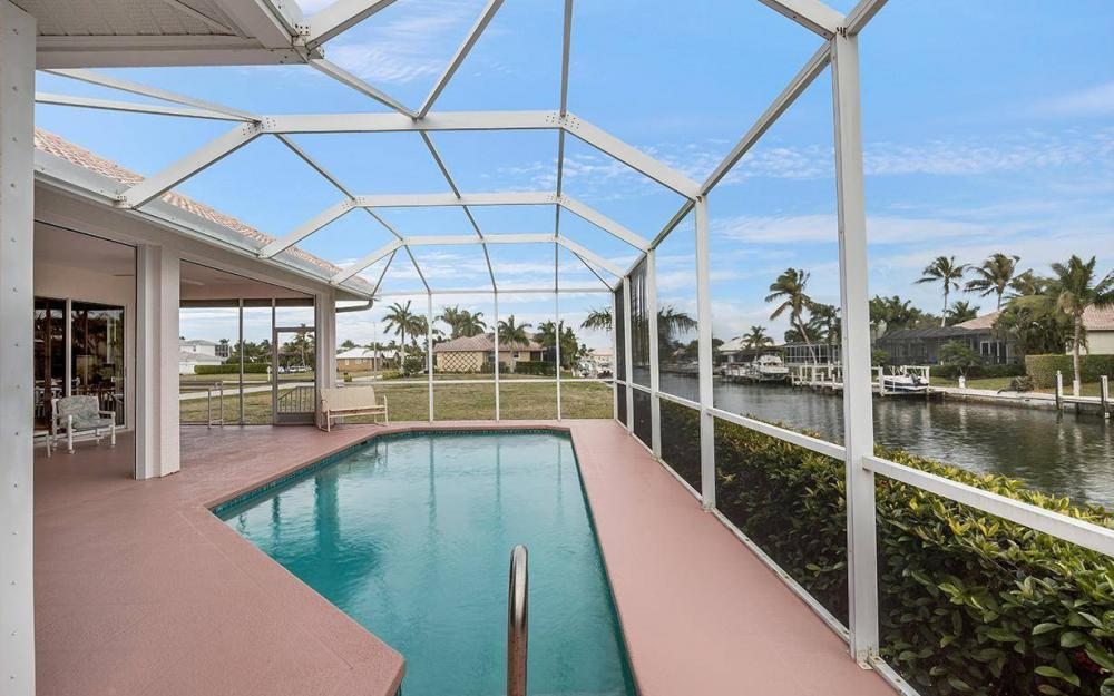 609 Crescent St, Marco Island - House For Sale 644833558