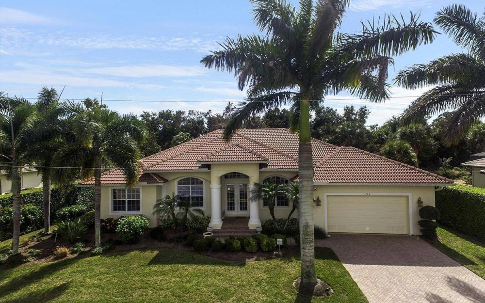 1722 Dogwood Dr, Marco Island - House For Sale 1470990230