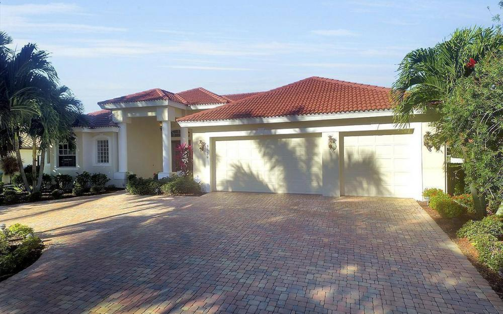 5330 Bayside Ct, Cape Coral - House For Sale 2143627751