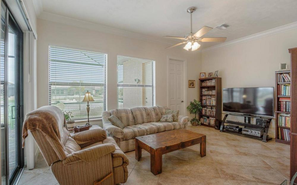 2801 SW 33rd St, Cape Coral - House For Sale 1230617408