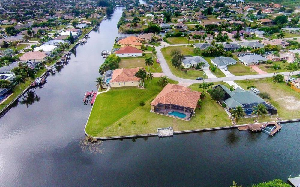 2801 SW 33rd St, Cape Coral - House For Sale 540204539