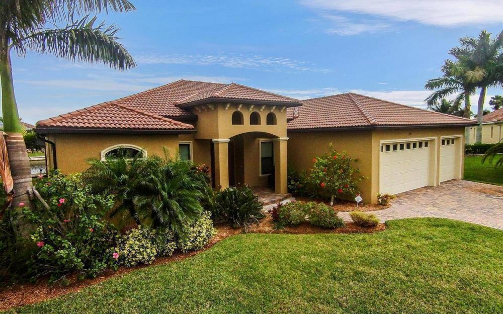 2801 SW 33rd St, Cape Coral - House For Sale 1195878683