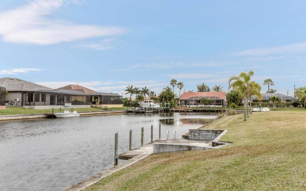 2801 SW 33rd St, Cape Coral - House For Sale 72393930