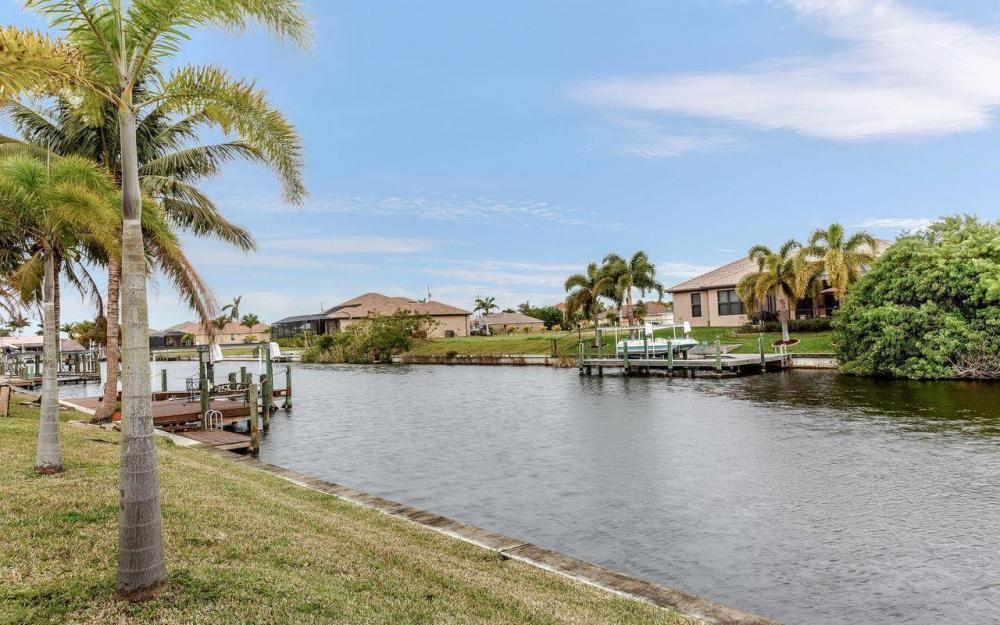 2801 SW 33rd St, Cape Coral - House For Sale 857025961