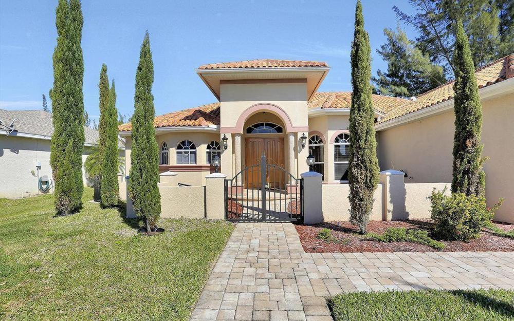 1721 SW 29th Ter, Cape Coral - House For Sale 950652827