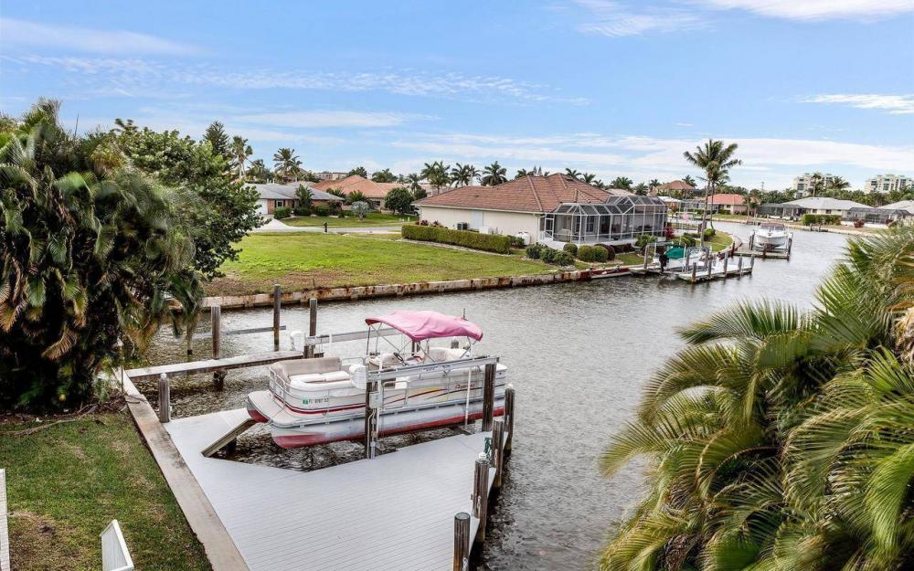 900 N Barfield Dr, Marco Island - House For Sale 895929341
