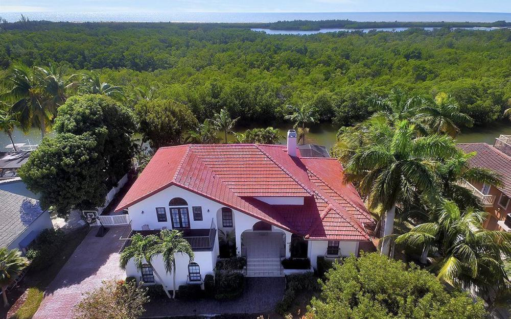 426 Spinnaker Dr, Marco Island - House For Sale 519196477