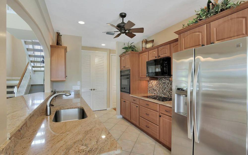 426 Spinnaker Dr, Marco Island - House For Sale 1746086184