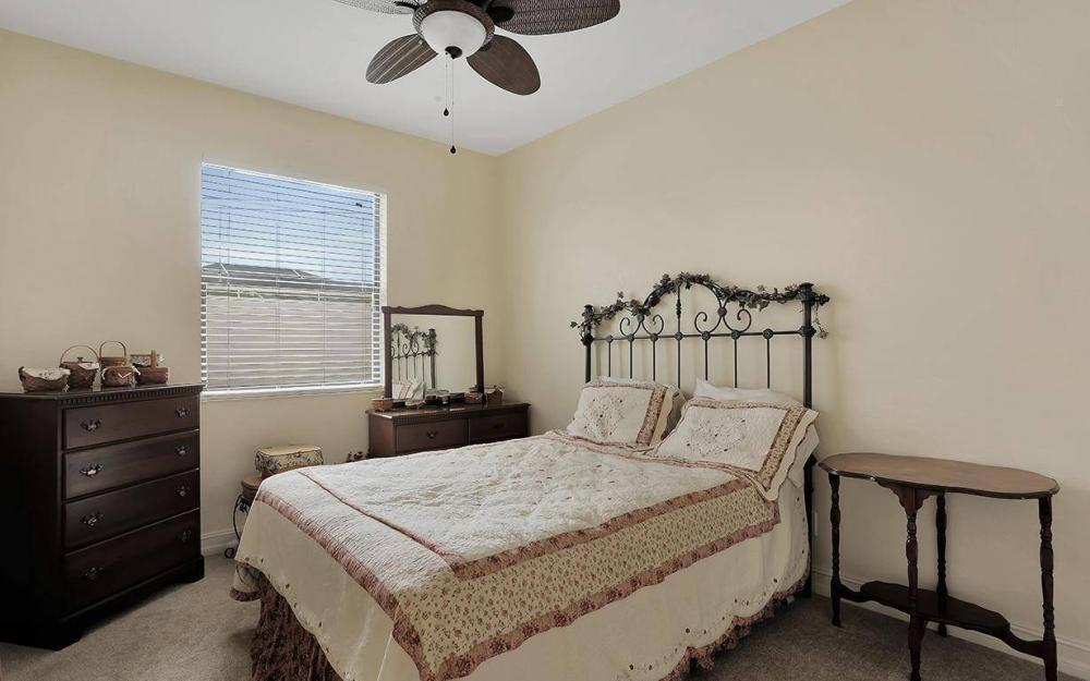1205 SW 18th Ter, Cape Coral - House For Sale 410307485
