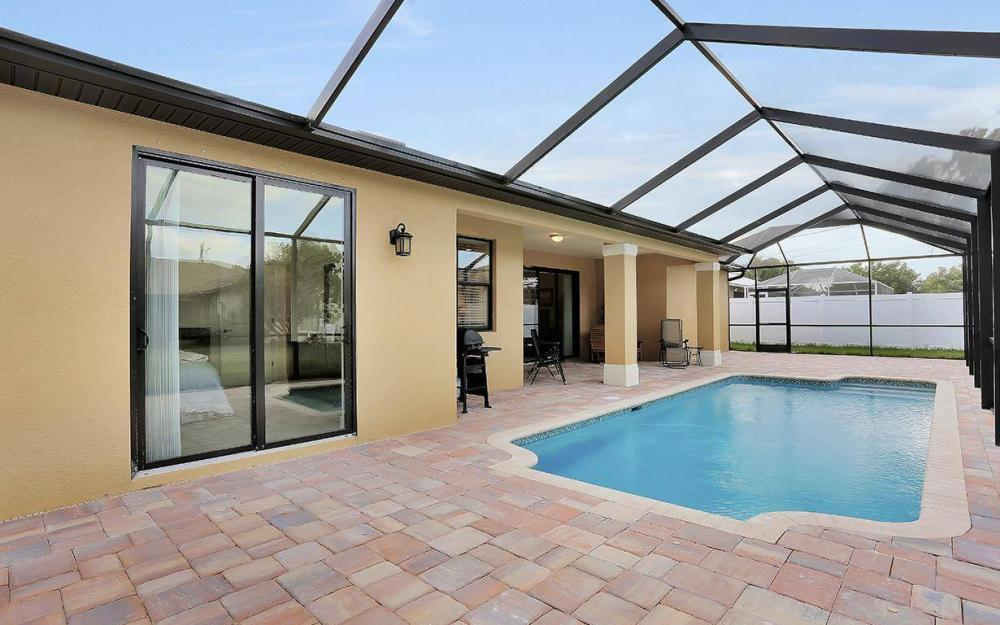1205 SW 18th Ter, Cape Coral - House For Sale 2132980079