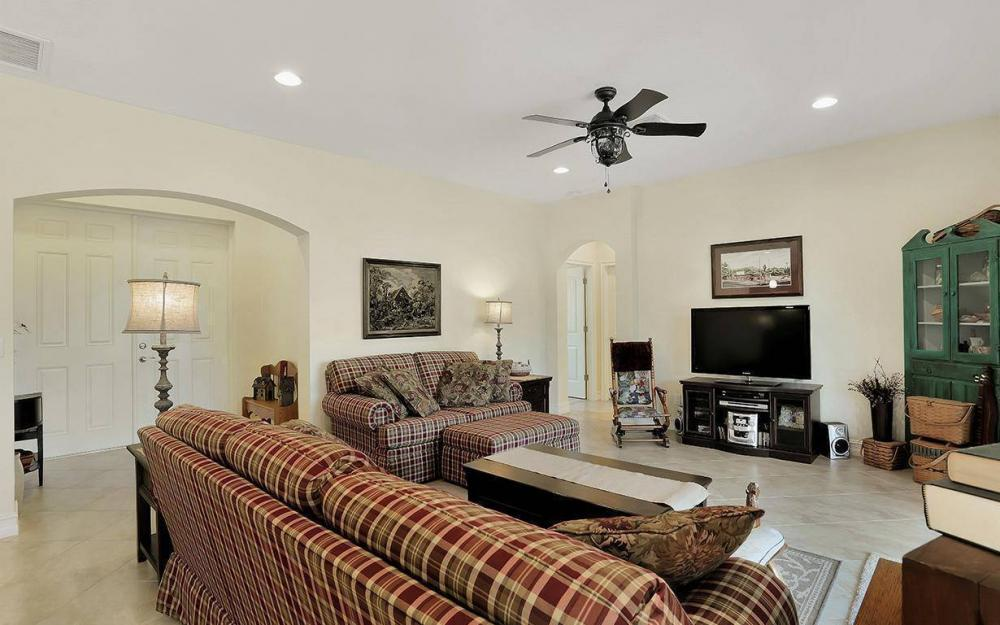 1205 SW 18th Ter, Cape Coral - House For Sale 1208990293