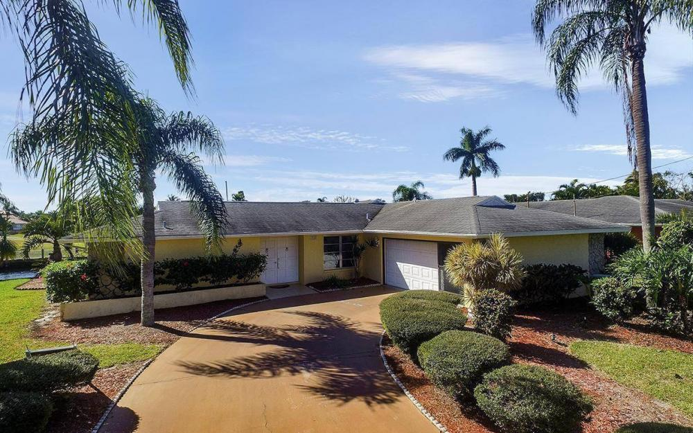 1940 SE 31st Ter, Cape Coral - House For Sale 1159412817