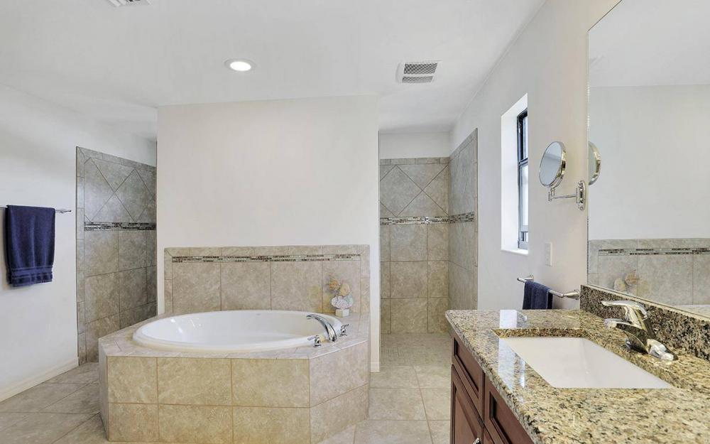 4212 SW 19th Ave, Cape Coral - House For Sale 1771325265
