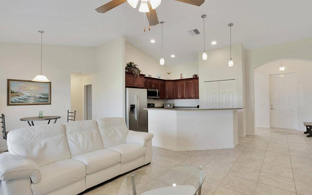 4212 SW 19th Ave, Cape Coral - House For Sale 134717460