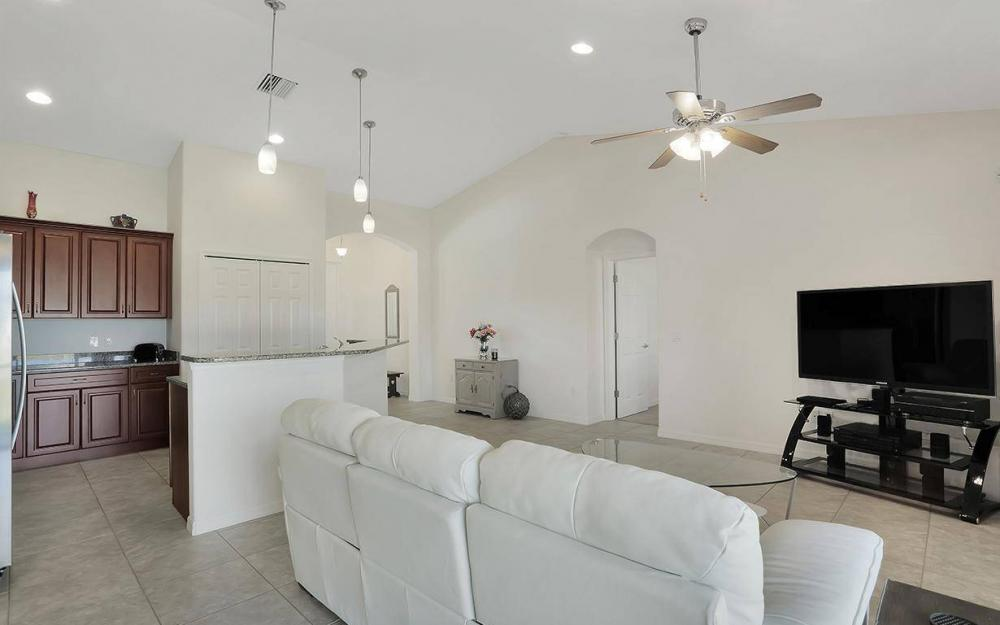4212 SW 19th Ave, Cape Coral - House For Sale 510407529