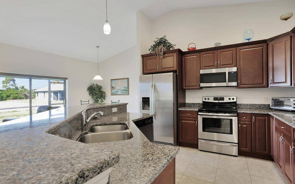 4212 SW 19th Ave, Cape Coral - House For Sale 744041351