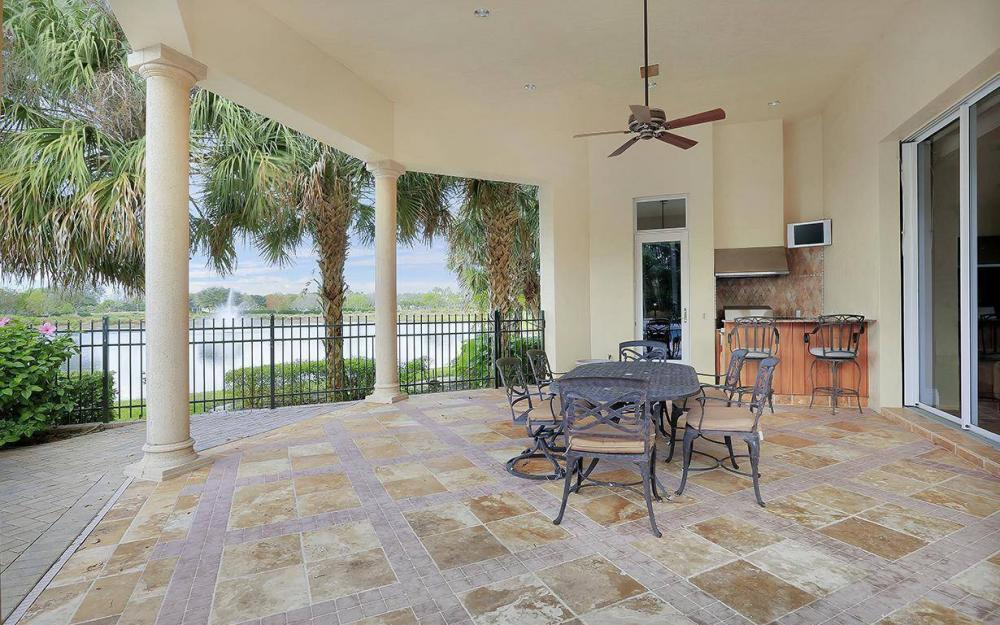 11555 Aerie Ct, Naples - House For Sale 233525809