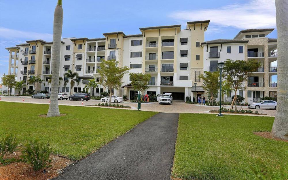 1030 3rd Ave S #415, Naples - Condo For Sale 490584908