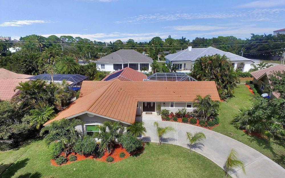 765 High Pines Dr, Naples - House For Sale 1639603912