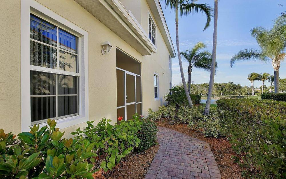 5929 Tarpon Gardens Cir #202, Cape Coral - Condo For Sale 1887861543