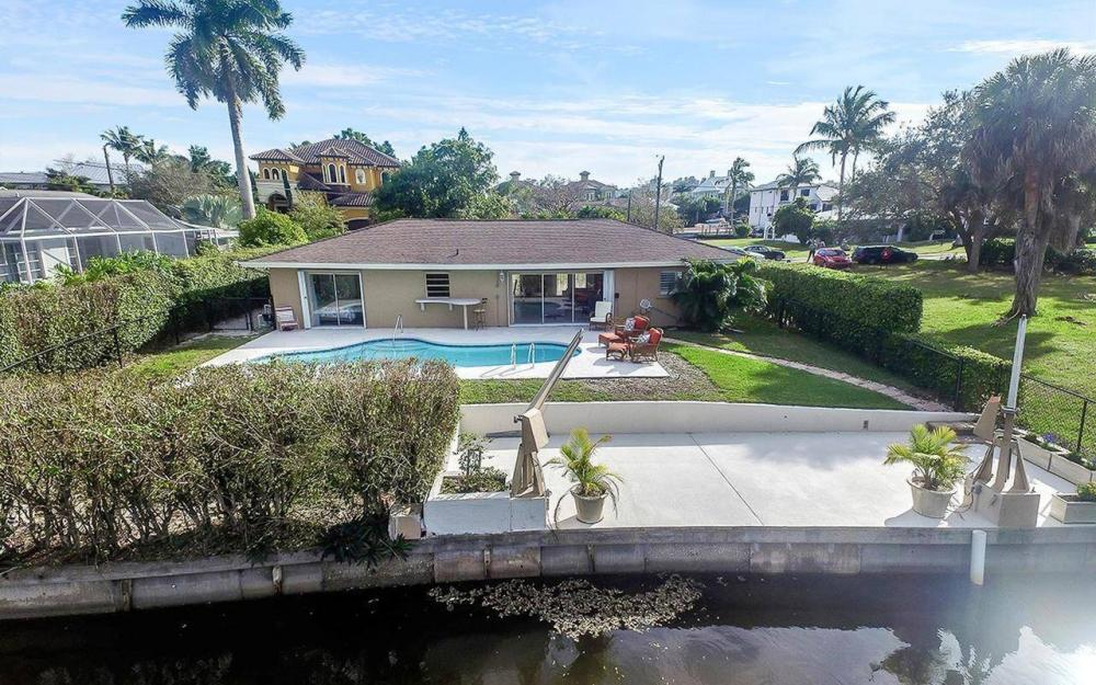 479 Seagull Ave, Naples - Vacation Rental 989251159