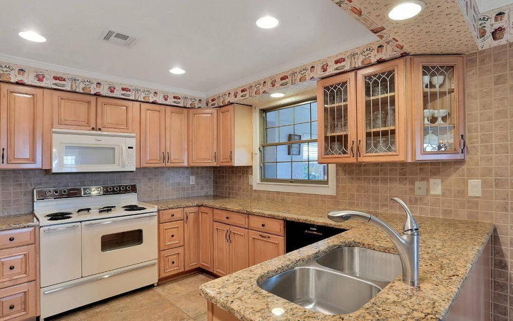 1202 Twin Palm Dr, Fort Myers - House For Sale 227526882