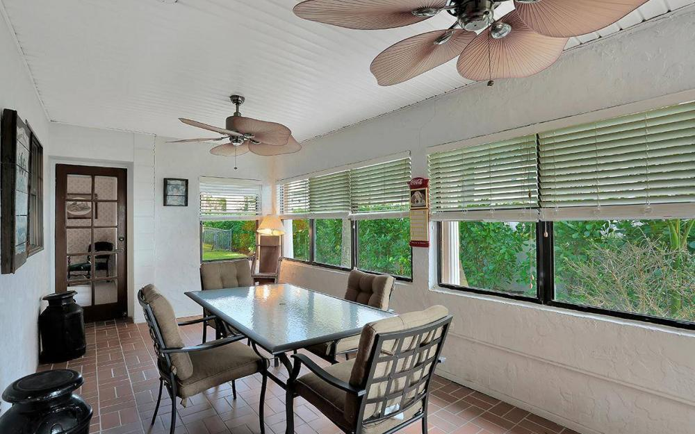 1202 Twin Palm Dr, Fort Myers - House For Sale 692399641