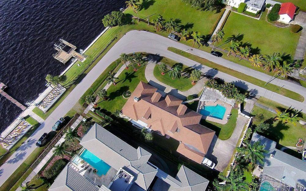 1202 Twin Palm Dr, Fort Myers - House For Sale 48431202