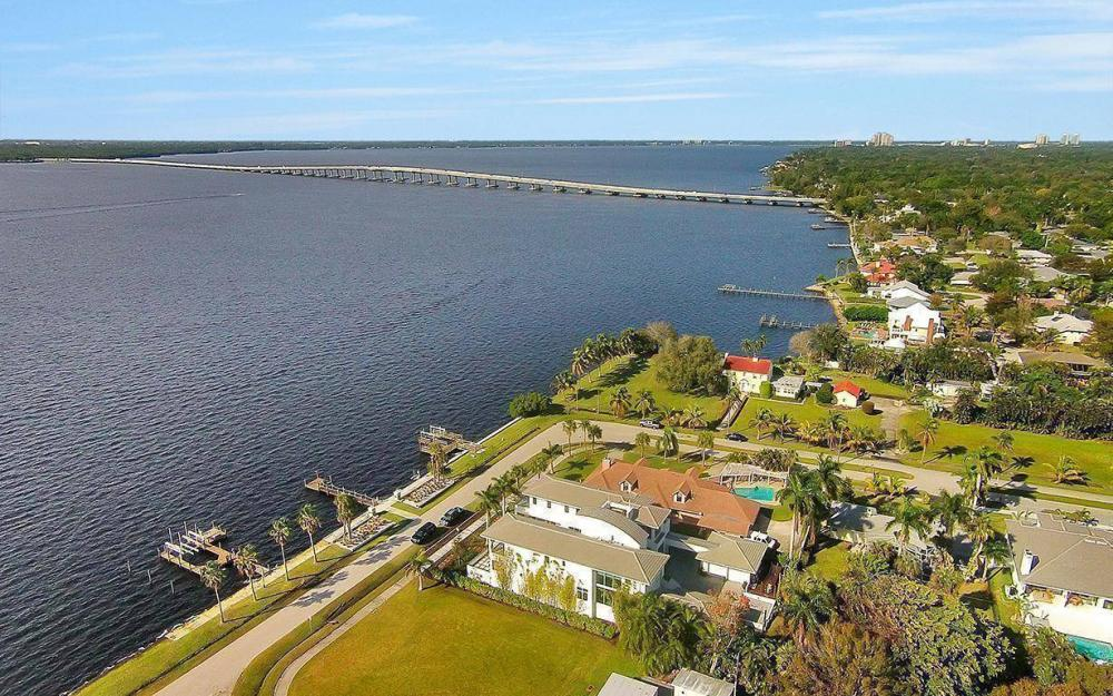 1202 Twin Palm Dr, Fort Myers - House For Sale 1184536078