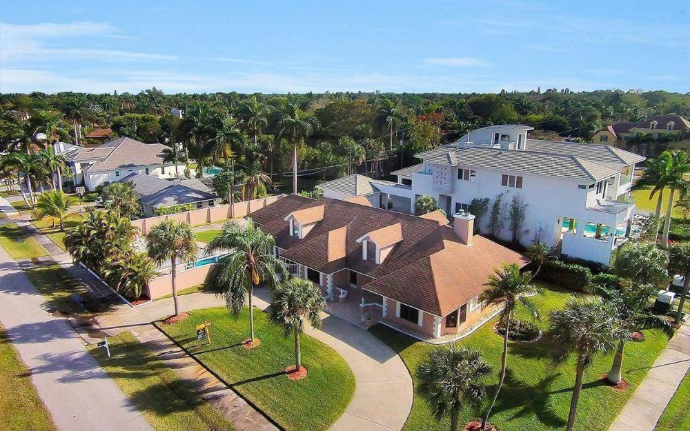 1202 Twin Palm Dr, Fort Myers - House For Sale 621608238
