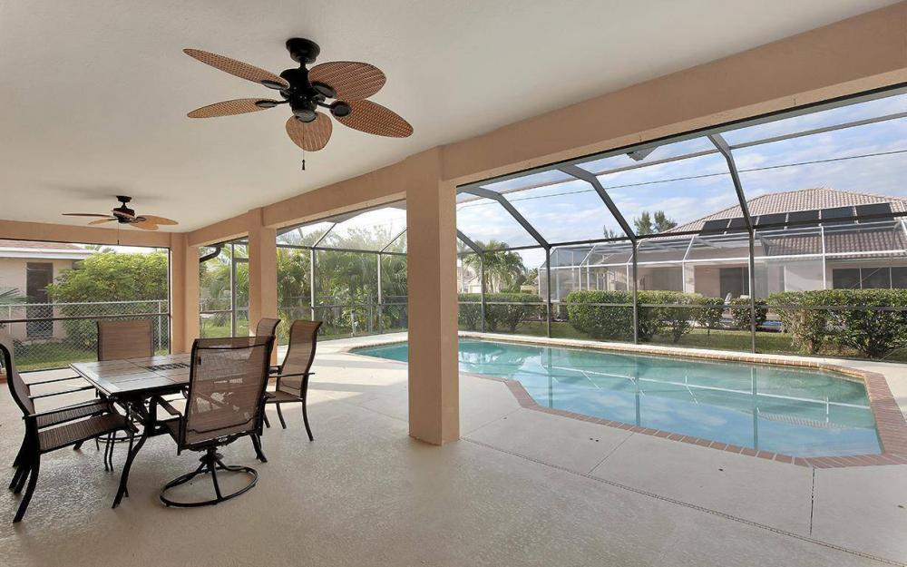 1905 SW 51st Ter, Cape Coral - House For Sale 2089083553