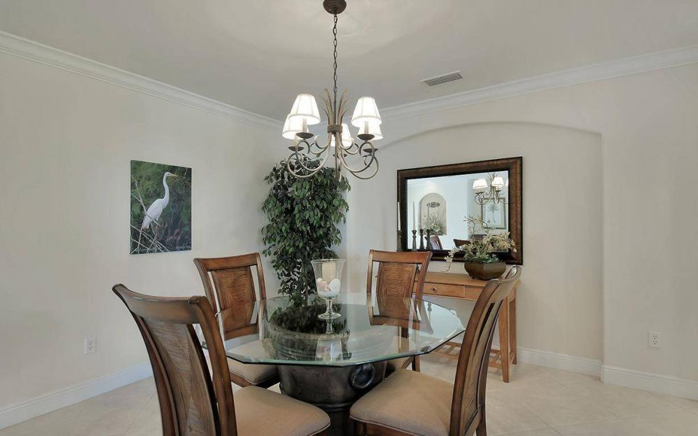 1565 Buccaneer Ct, Marco Island - House For Sale 161009543