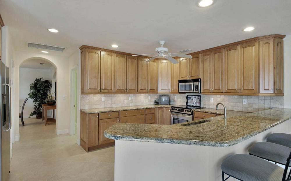 1565 Buccaneer Ct, Marco Island - House For Sale 700514835