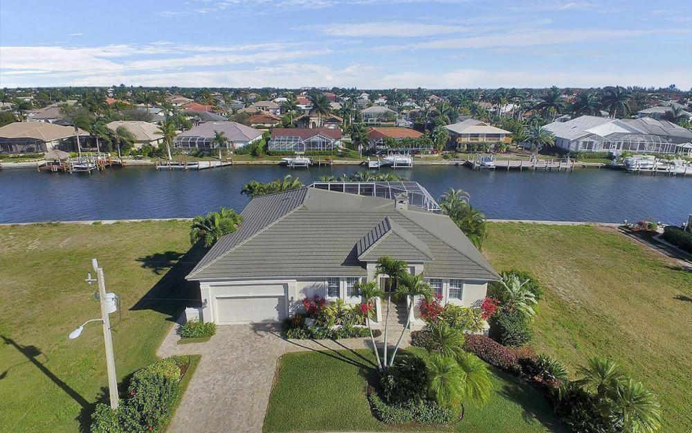 1565 Buccaneer Ct, Marco Island - House For Sale 327641870