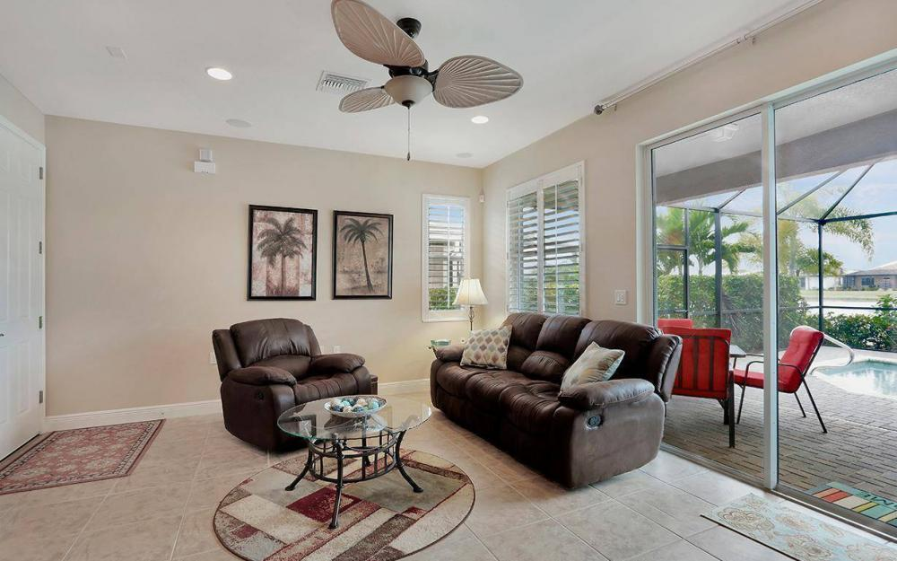 10484 Materita Dr,  Fort Myers - House For Sale 277307999