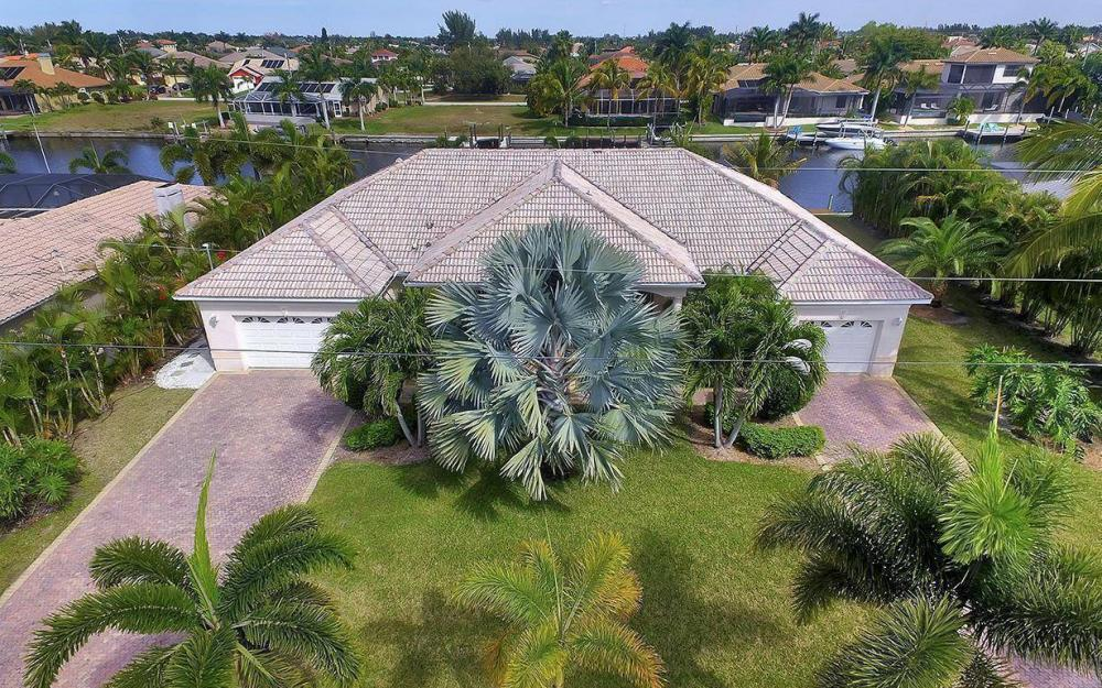 2213 SW 52nd St, Cape Coral - House For Sale 588969389