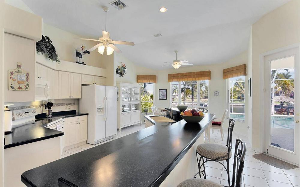 2213 SW 52nd St, Cape Coral - House For Sale 788408709